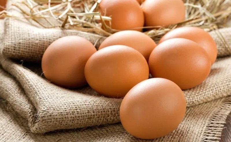 https: img-k.okeinfo.net content 2019 11 05 481 2126031 makan-42-butir-telur-pria-ini-langsung-tewas-EiPc4erUwR.jpg