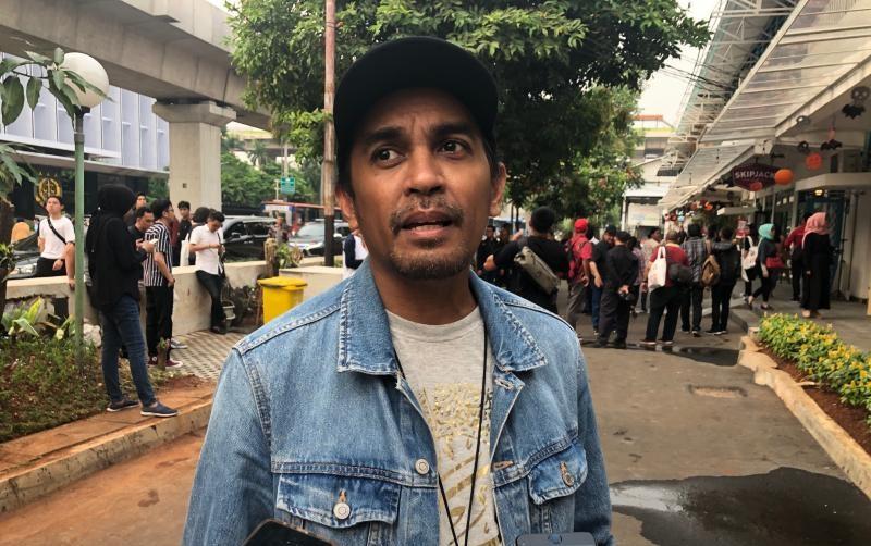 https: img-k.okeinfo.net content 2019 11 06 406 2126640 glenn-fredly-berharap-wishnutama-mampu-kembangkan-ekonomi-kreatif-indonesia-OMwZ04mxI4.jpeg