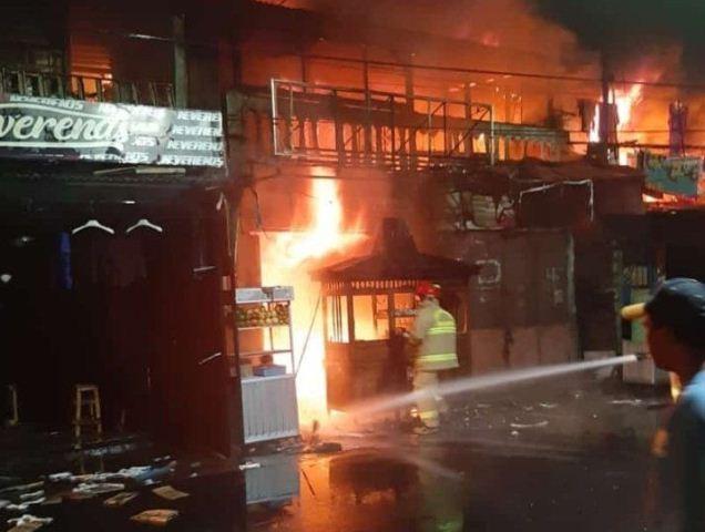 https: img-k.okeinfo.net content 2019 11 07 338 2127153 kebakaran-di-tambora-22-mobil-damkar-dikerahkan-api-berhasil-dijinakkan-evafkBA724.jpg