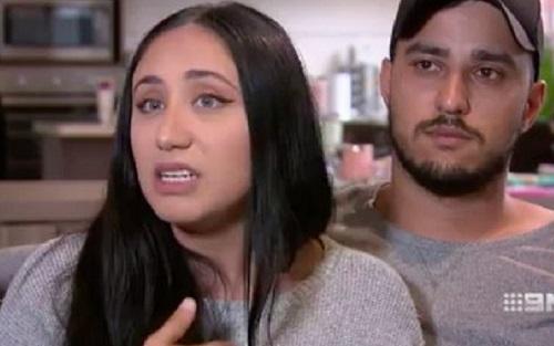 https: img-k.okeinfo.net content 2019 11 08 614 2127424 islamofobia-keluarga-muslim-diusir-dari-pesawat-penerbangan-bali-australia-nTB9NDyLFs.jpg