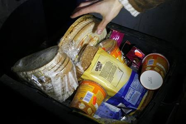 https: img-k.okeinfo.net content 2019 11 09 18 2127787 mengapa-mengambil-makanan-sisa-bisa-kena-denda-di-jerman-1uGKiRTFmr.jpg