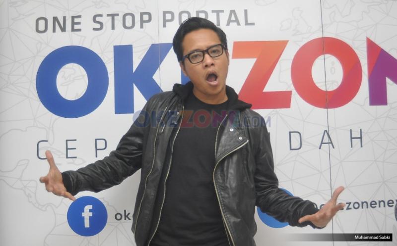 https: img-k.okeinfo.net content 2019 11 12 205 2129042 gofar-hilman-ungkap-fenomena-bernyanyi-indonesia-9iiYUT5SuO.jpg