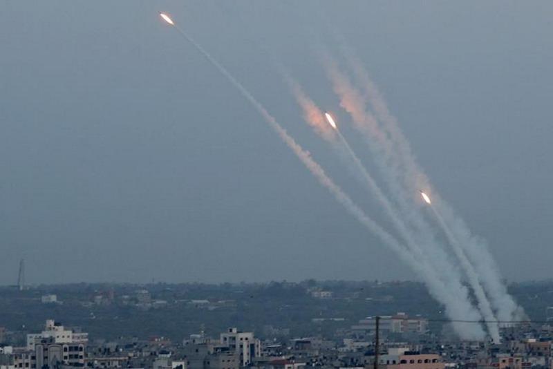 https: img-k.okeinfo.net content 2019 11 13 18 2129290 komandannya-tewas-dibunuh-militan-palestina-hujani-israel-dengan-roket-qYBGpXqeb5.jpg