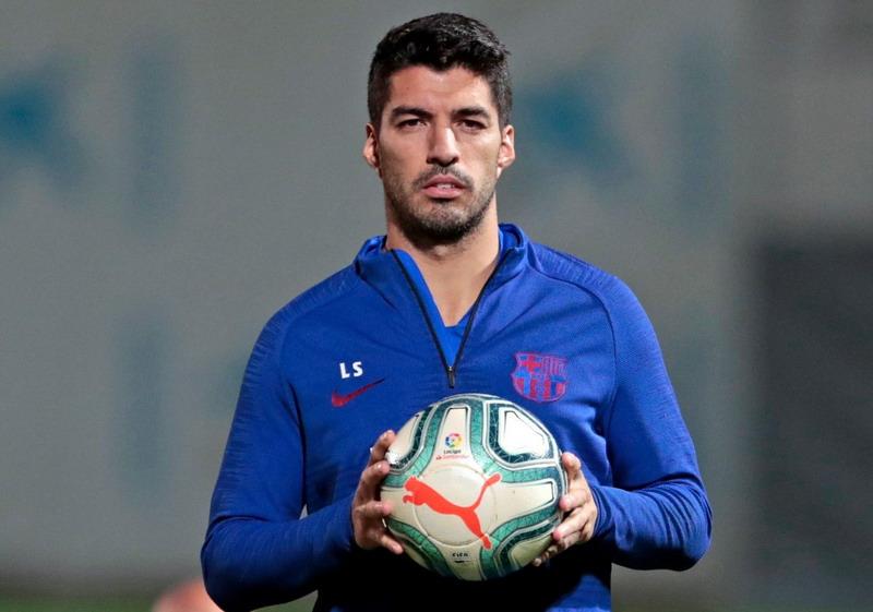 https: img-k.okeinfo.net content 2019 11 14 46 2129688 suarez-tak-masalah-barcelona-cari-striker-anyar-sXqnqjG7LN.jpg