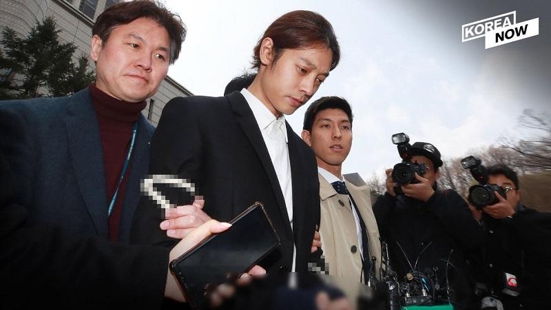 https: img-k.okeinfo.net content 2019 11 15 33 2130210 sebar-petisi-publik-berupaya-hukuman-jung-joon-young-dan-choi-jong-hoon-diperberat-EY1DgJXJSF.jpg