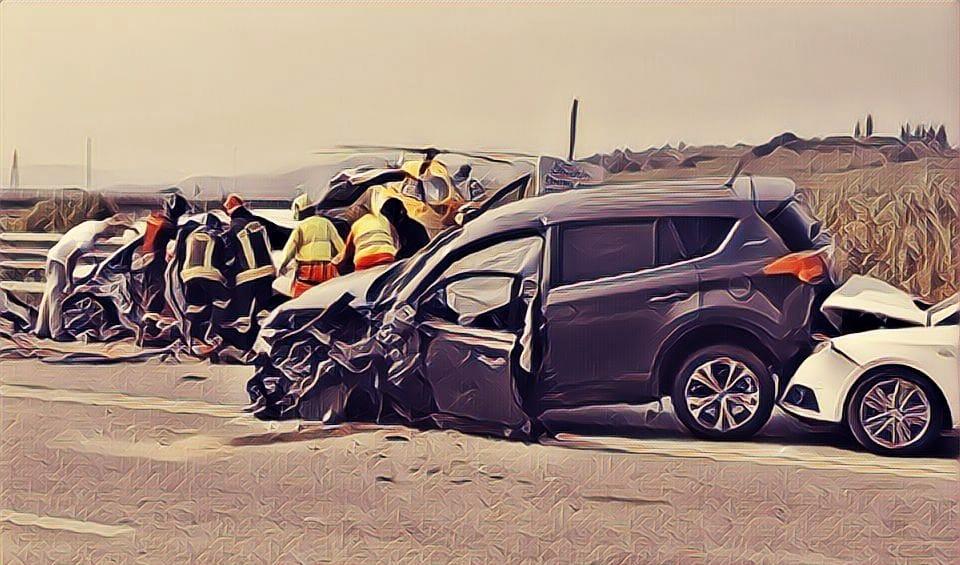 https: img-k.okeinfo.net content 2019 11 15 337 2130277 kasus-kecelakaan-di-jalan-tol-tabrakan-dua-bus-hingga-menabrak-polisi-6FQTxZ893K.jpg