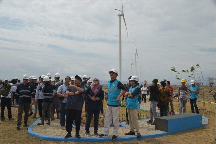 https: img-k.okeinfo.net content 2019 11 16 320 2130651 kementerian-esdm-minta-kampus-pacu-penelitian-energi-terbarukan-yP924ukENg.png