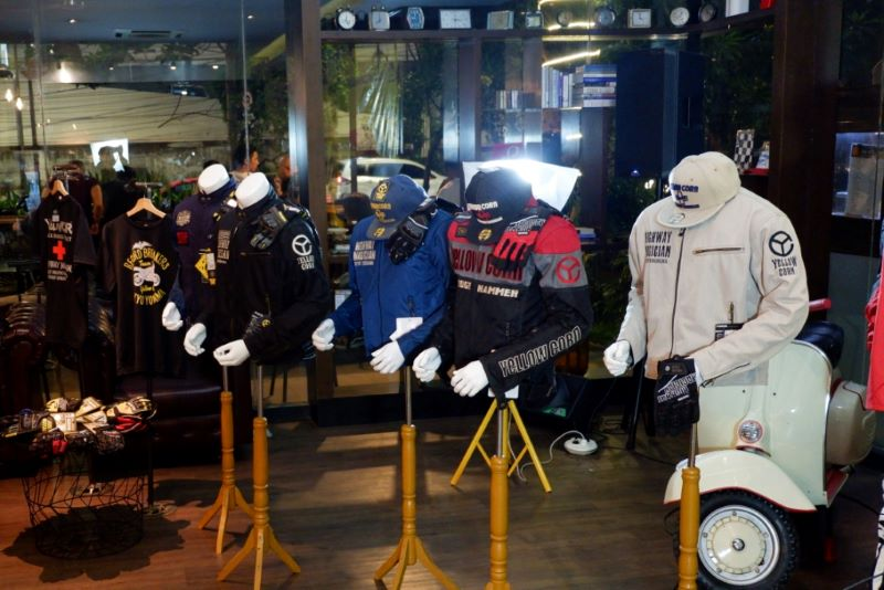 https: img-k.okeinfo.net content 2019 11 17 53 2130920 yellowcorn-sasar-bikers-yang-ingin-tampil-ciamik-namun-tetap-aman-berkendara-mBK4p7Cp4A.jpg
