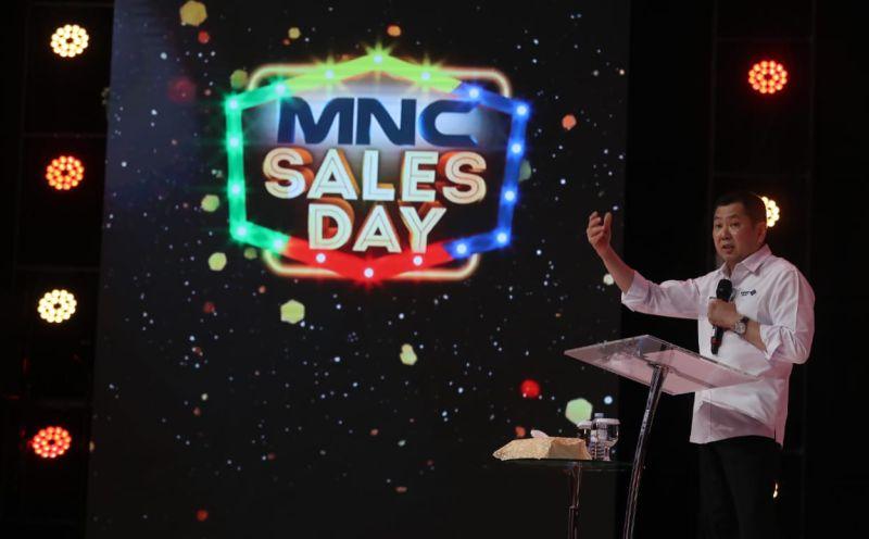 https: img-k.okeinfo.net content 2019 11 21 320 2132907 mnc-sales-day-digelar-hary-tanoesoedibjo-perkuat-sinergi-penjualan-bJjVZ8gLBG.jpg