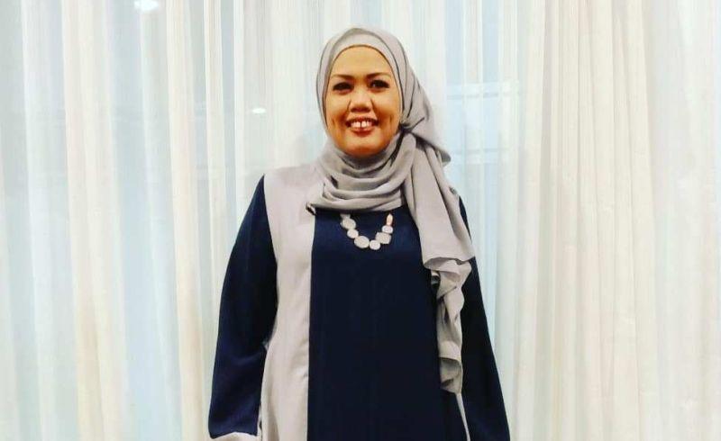 https: img-k.okeinfo.net content 2019 11 21 33 2132568 tak-pakai-hijab-saat-syuting-elly-sugigi-saya-cari-uang-9oVjfUZIM7.jpg