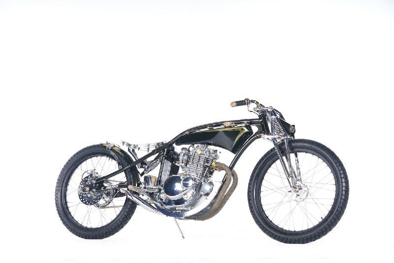 https: img-k.okeinfo.net content 2019 11 25 312 2134335 modifikasi-suzuki-thunder-gaya-board-tracker-didapuk-the-greatest-bike-2019-UmIZAdCC8B.jpg