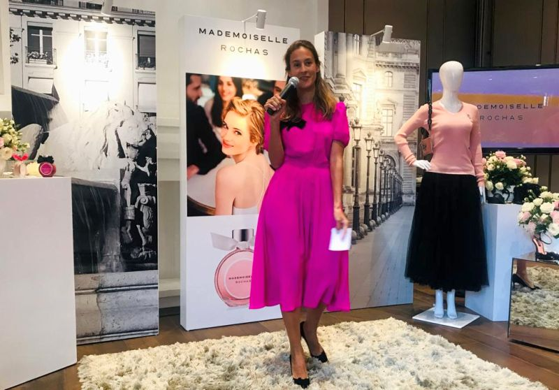 https: img-k.okeinfo.net content 2019 11 25 611 2134030 tips-tampil-keren-dan-cantik-ala-wanita-paris-dDQKG5fepR.jpg