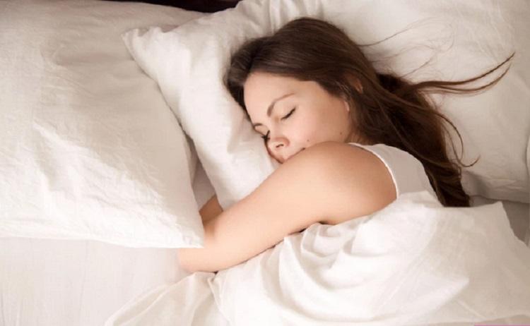 https: img-k.okeinfo.net content 2019 11 29 481 2136203 segudang-manfaat-tidur-teratur-yang-bikin-takjub-wLYzv3kczE.jpg