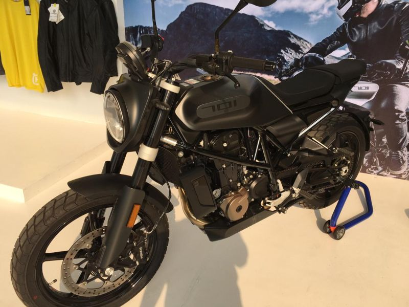 https: img-k.okeinfo.net content 2019 11 29 53 2136206 motor-scrambler-seharga-innova-ini-tampil-di-iims-motobike-2019-hDjBWvpjMD.jpg