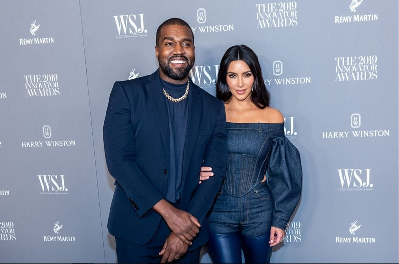 https: img-k.okeinfo.net content 2019 12 02 196 2137075 sering-berdebat-dengan-suami-begini-cara-kim-kardashian-cairkan-suasana-Q6rdCTJXJs.jpg