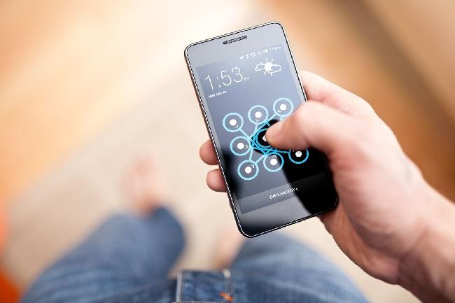 https: img-k.okeinfo.net content 2019 12 02 56 2136889 studi-baru-menunjukan-cara-buka-kunci-ponsel-ungkap-usia-seseorang-RkLv8CF9Qz.jpg