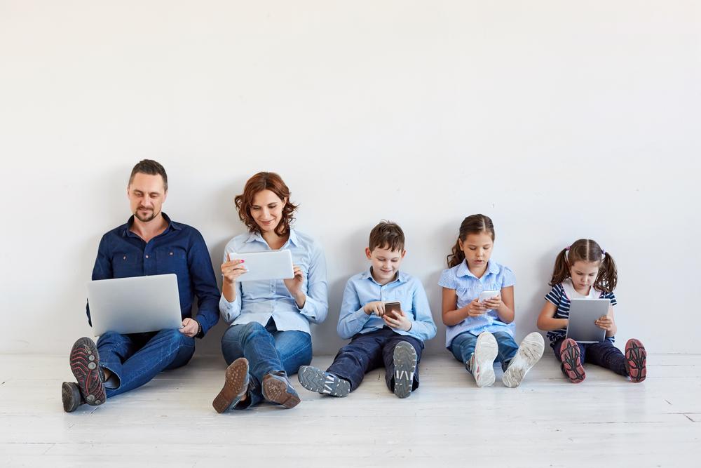 https: img-k.okeinfo.net content 2019 12 05 196 2138259 yuk-ajarkan-anak-bilang-ya-dan-tidak-banyak-keuntungannya-loh-K4AW6ZDTXt.jpg