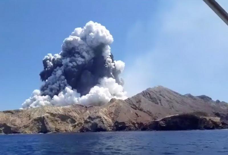 https: img-k.okeinfo.net content 2019 12 10 18 2140069 lima-tewas-delapan-hilang-setelah-letusan-gunung-berapi-selandia-baru-vzoCp6am52.jpg