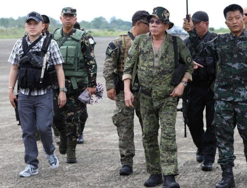 https: img-k.okeinfo.net content 2019 12 11 18 2140521 setelah-dua-tahun-duterte-akan-cabut-darurat-militer-di-filipina-selatan-xTfshndGgw.jpg