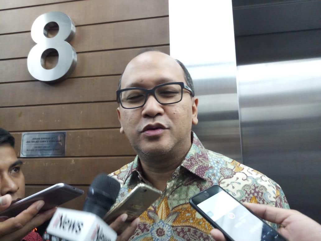 https: img-k.okeinfo.net content 2019 12 31 43 2147884 rosan-roeslani-resmi-ditunjuk-sebagai-chief-de-mission-indonesia-di-olimpiade-tokyo-2020-qjYqraJM1C.jpeg