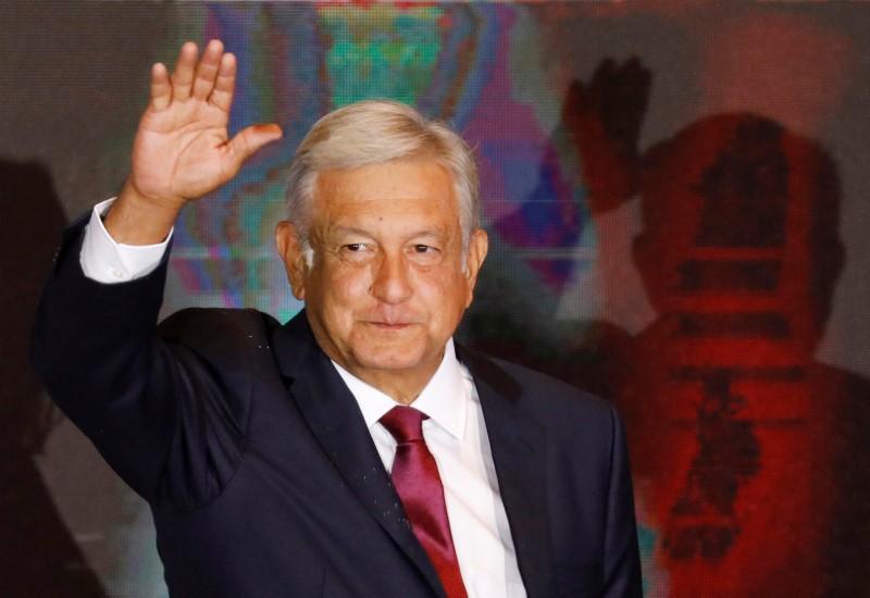 https: img-k.okeinfo.net content 2020 01 02 18 2148454 lopez-obrador-raja-narkoba-meksiko-dulu-punya-kekuasaan-setara-presiden-5sQSYvJAT3.jpg