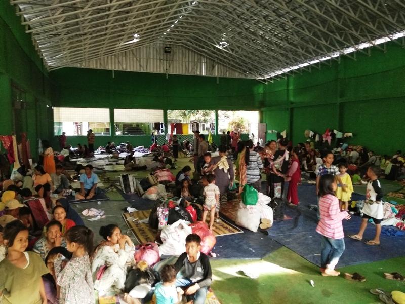 https: img-k.okeinfo.net content 2020 01 05 340 2149361 pengungsi-banjir-bandang-lebak-mulai-terserang-penyakit-ZaOxC4XvvN.jpg