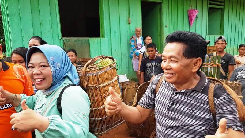 https: img-k.okeinfo.net content 2020 01 11 340 2151891 tradisi-nyandau-bermalam-di-tengah-hutan-demi-durian-jatuh-0on9aPA5e3.jpeg