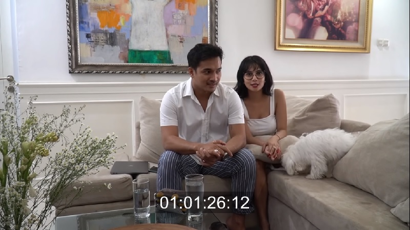 https: img-k.okeinfo.net content 2020 01 13 33 2152488 bibi-ardiansyah-bahagia-menikah-dengan-vanessa-angel-YtF6KddjDU.jpg