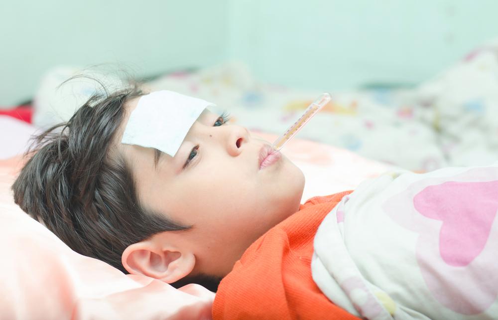 https: img-k.okeinfo.net content 2020 01 14 481 2152732 cuma-flu-atau-pneumonia-ini-cara-membedakannya-kehReSm6Gw.jpg