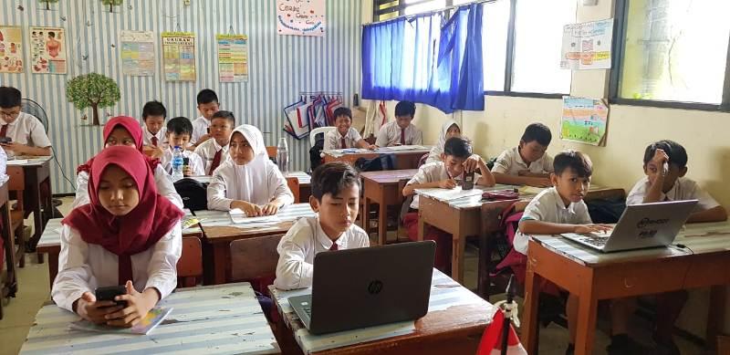 https: img-k.okeinfo.net content 2020 01 14 65 2152652 tryout-online-ruangguru-kini-sasar-pelajar-sekolah-dasar-GYIgCJH2AJ.jpeg
