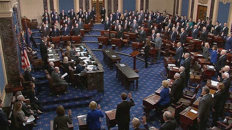 https: img-k.okeinfo.net content 2020 01 17 18 2154299 100-anggota-senat-as-disumpah-jadi-juri-di-sidang-pemakzulan-trump-lJPsz6TQLb.jpg