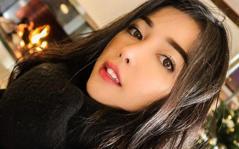 https: img-k.okeinfo.net content 2020 01 21 611 2156257 pramugari-siwi-sidi-bongkar-rahasia-cantik-dengan-makeup-natural-mwUvQolqwS.jpg