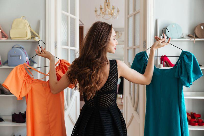 https: img-k.okeinfo.net content 2020 01 22 194 2156775 catat-ini-item-fashion-yang-paling-diburu-milenial-di-tahun-2020-qGNIfpGGAM.jpg