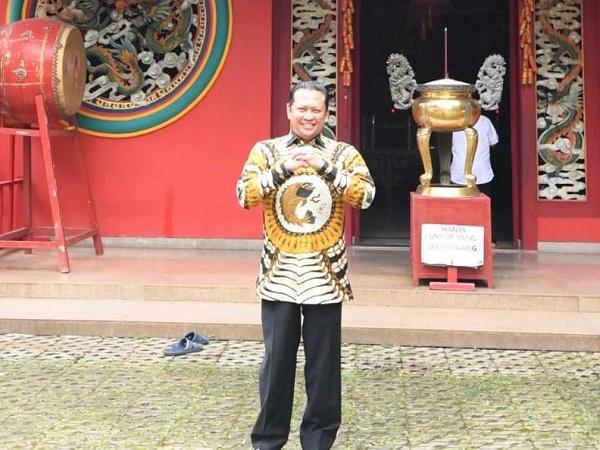 https: img-k.okeinfo.net content 2020 01 25 337 2158332 selamat-tahun-baru-imlek-2020-bamsoet-indonesia-kuat-karena-keragaman-dan-persatuan-bILnlFEOgT.jpg
