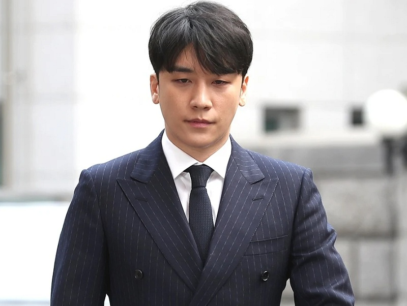 https: img-k.okeinfo.net content 2020 01 31 33 2161254 tak-ditahan-seungri-jalani-sidang-dakwaan-atas-kasus-burning-sun-6gjlwp6Hxt.jpg