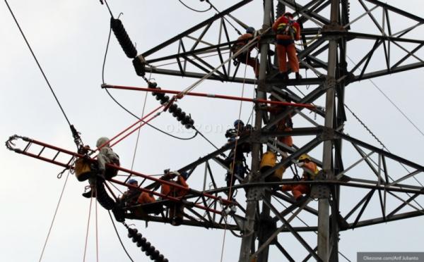 https: img-k.okeinfo.net content 2020 01 31 470 2161511 kabel-listrik-di-ibu-kota-baru-tidak-akan-semrawut-seperti-jakarta-whBXdov0Y9.jpg