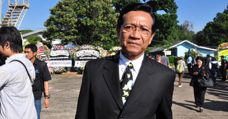 https: img-k.okeinfo.net content 2020 02 03 510 2162680 sultan-hb-x-akan-terima-warga-yogyakarta-yang-pulang-dari-china-JMhgl9YvZU.jpg
