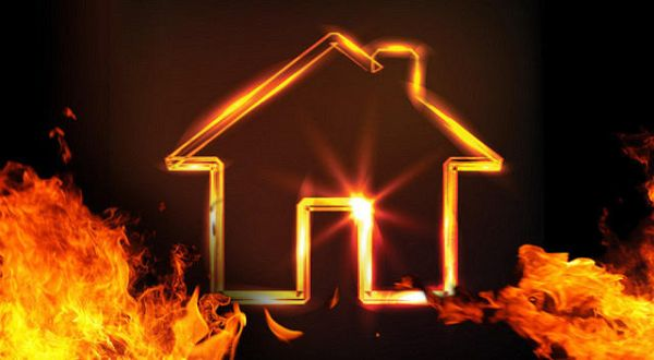 https: img-k.okeinfo.net content 2020 02 08 608 2165415 kebakaran-rumah-di-medan-tujuh-unit-damkar-dikerahkan-ufYbSZ2w6S.jpg