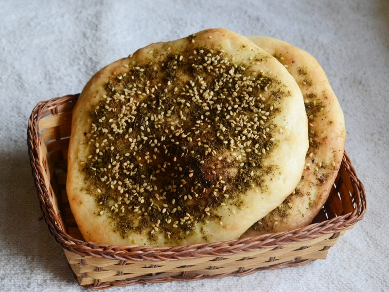 https: img-k.okeinfo.net content 2020 02 09 615 2165624 kuliner-khas-yordania-yang-setiap-gigitannya-bikin-lidah-ketagihan-U9JRmByUKL.jpg