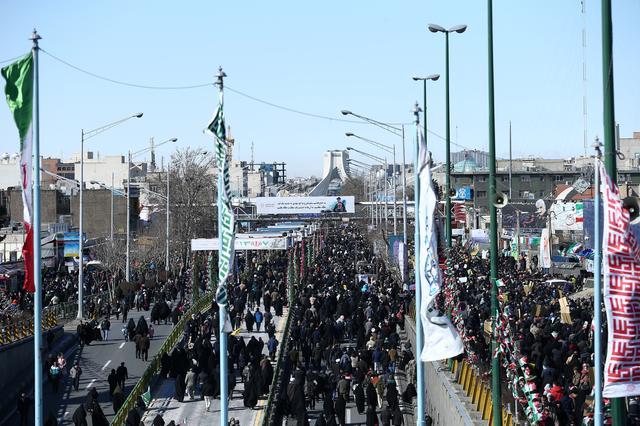 https: img-k.okeinfo.net content 2020 02 11 18 2166845 iran-peringati-ulang-tahun-revolusi-islam-di-tengah-ketegangan-dengan-as-bCPjhMLzxd.jpg