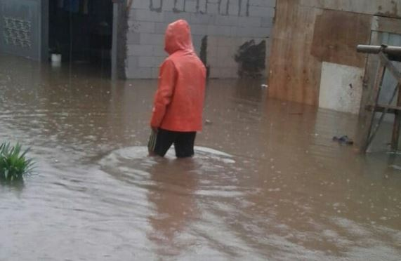 https: img-k.okeinfo.net content 2020 02 11 340 2166813 wagub-sumbar-minta-balai-wilayah-sungai-sumatera-v-gerak-cepat-atasi-banjir-YT3D13pZgQ.JPG