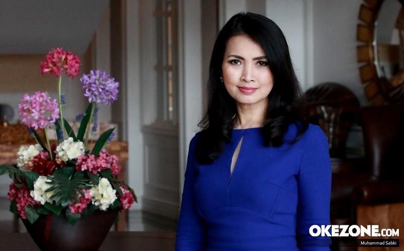 https: img-k.okeinfo.net content 2020 02 12 611 2167546 mahkota-miss-indonesia-bertema-merah-putih-liliana-tanoesoedibjo-lakukan-yang-terbaik-untuk-indonesia-XHE7XWoGd1.jpg