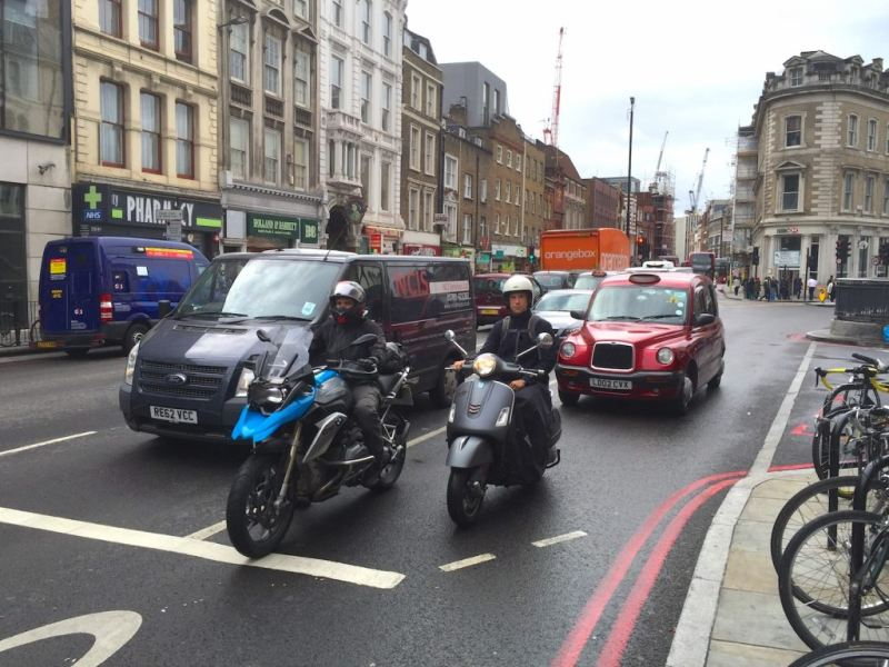 https: img-k.okeinfo.net content 2020 02 13 53 2168091 inggris-bebaskan-sepeda-motor-dari-kebijakan-larangan-berbahan-bakar-bensin-kym7lFXcZG.jpg