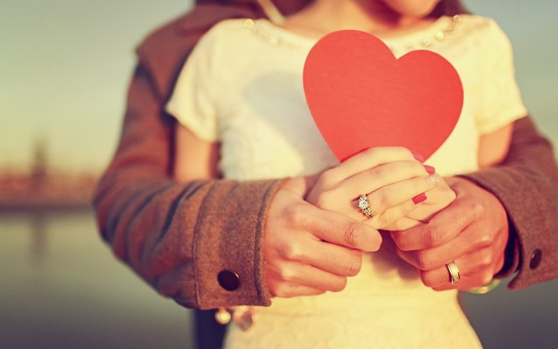 https: img-k.okeinfo.net content 2020 02 16 612 2169237 kisah-cinta-putri-kandas-di-tengah-jalan-menuju-pernikahan-LiPdttJsnN.jpg