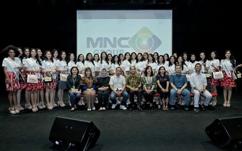 https: img-k.okeinfo.net content 2020 02 18 194 2170487 keseruan-34-finalis-miss-indonesia-mengintip-newsroom-mnc-media-fhZ0r5LUqx.jpg