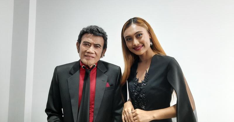 https: img-k.okeinfo.net content 2020 02 24 598 2173557 rhoma-irama-akui-sempat-terkesan-oleh-suara-novia-di-indonesian-idol-JSG22YbyKk.jpg