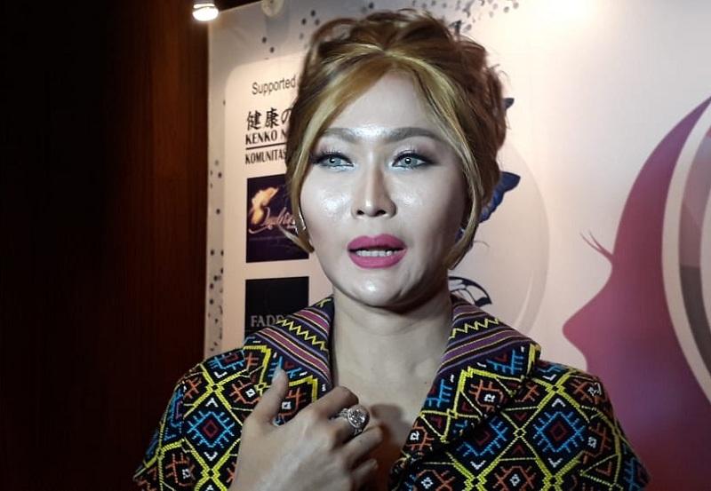 https: img-k.okeinfo.net content 2020 02 27 33 2175284 seperti-duffy-3-artis-indonesia-ini-hampir-jadi-korban-rudapaksa-gt1IisYWvK.jpg