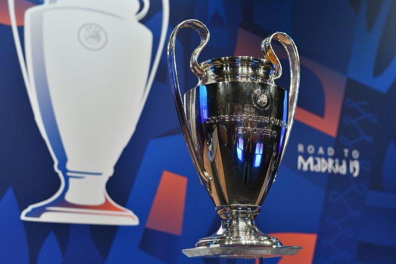 https: img-k.okeinfo.net content 2020 03 24 261 2187993 imbas-virus-corona-uefa-resmi-tunda-final-liga-champions-2019-2020-7fqa6RsHAf.jpg