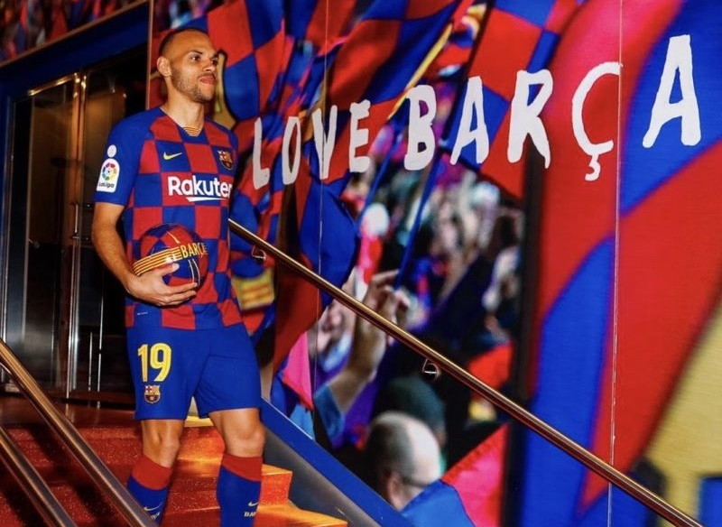 https: img-k.okeinfo.net content 2020 03 26 46 2189469 braithwaite-temukan-hal-positif-dari-ditundanya-laga-liga-spanyol-YsBM7WY8PF.jpg