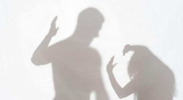 https: img-k.okeinfo.net content 2020 04 21 620 2202628 waspada-covid-19-memicu-kekerasan-dalam-rumah-tangga-lIsrCZnBqJ.jpg